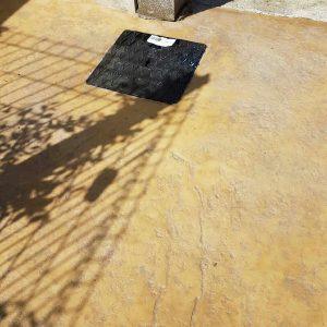 Roche jaune – Motif béton imprimé