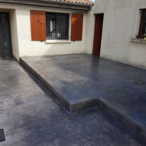 Après - ...Un seul niveau conservé pour une terrasse très tendance !